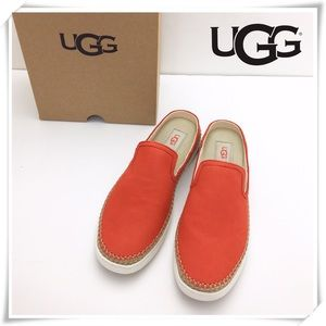 NWT UGG Caleel Orange Leather Slip on Sneaker